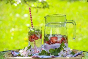 strawberry-drink-1412232_640